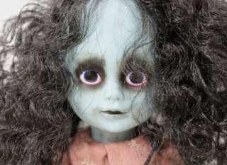 Mezco Toyz 2004 LIVING DEAD 10 Zombie Girl Doll Black Hair Brown