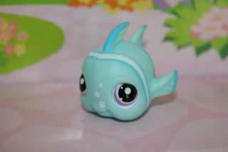 LITTLEST PET SHOP AQUA BLUE BABY FISH #1315 FREE GIFT BOX INCLUDED