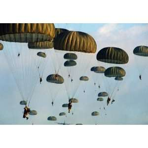 US Army 82nd Airborne Division Parachute Framed Photo 5x7