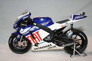 12 scale Diecast Minichamps Yamaha YZR M1 Moto GP Bike Valentino