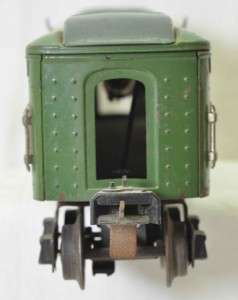Lionel two tone green passenger cars, 2613, 2613, 2614, 2615