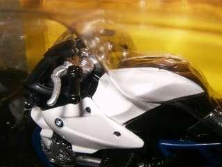 NIP MAISTO 118 BMW HP2 WHITE/BLACK/BLUE DIE CAST MOTORCYCLE NEW