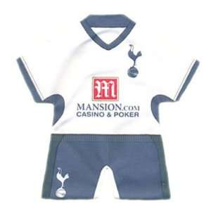 Tottenham Hotspur F.C. Mini Kit Home: Sports & Outdoors