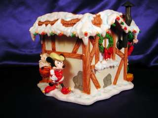 ~SANTAS TOY SHOP~BIG CHRISTMAS FIGURE~WITH MICKEY & FRIENDS~RESIN