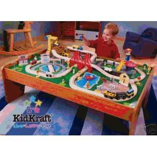 Ride Around Town train Set and Train Table with 2 bins, Thomas