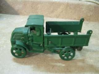ANTIQUE Green Painted CAST IRON DUMP TRUCK Arcade? VTG