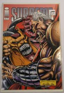 Lot of 18 Comic Books Marvel DC Flash Batman Vigilante