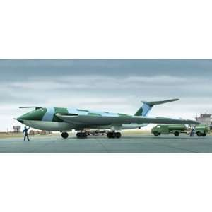 Handley Pace Victor British Jet Bomber/aircraft W/tanker