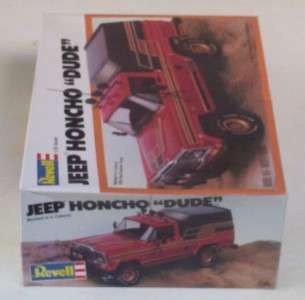 4x4 JEEP HONCHO Truck w Camper Top RED BODY 125 Revell Pickup Model