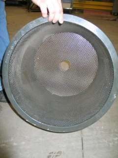 30 GALLON STAINLESS STEEL TANK W/ PERFORATED BASKET