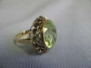 10 14 KT yellow gold ladys Huge Single Green stone Spinel ring size