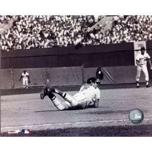 Brooks Robinson   Diving catch , 24x20 Home & Kitchen