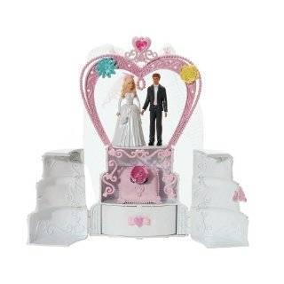 Barbie Loves Weddings (Barbie) (Look Look) (9780375827426