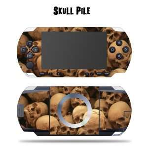 Protective Vinyl Skin Decal for SONY PSP   Skull Pile Video Games