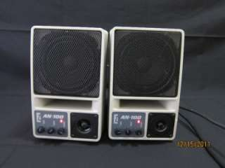 Pair Anchor AN 100 Powered Monitor Speaker System speaker/mixer