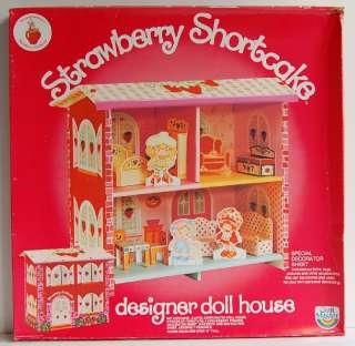 Vintage CRAFT MASTER STRAWBERRY SHORTCAKE DESIGNER DOLL HOUSE Paper NR